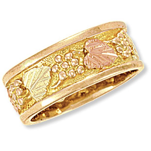 WR7. 14K Gold Womens Wedding Band from Landstroms